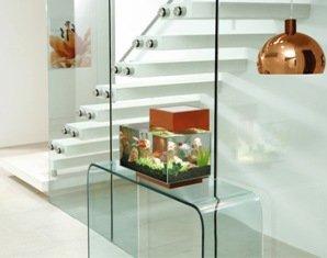 Acquari di design come complemento di arredamento for Acquario arredamento
