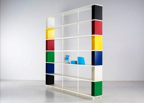 Photo of Nuova libreria Skaffa Arlequin dal designer Ampelio Piarotto