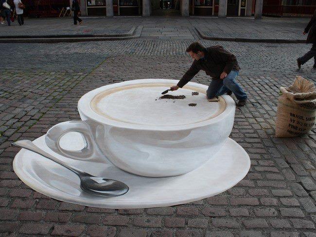 Photo of Cappuccino mania: la creatività Manfred Stader a Covent Garden