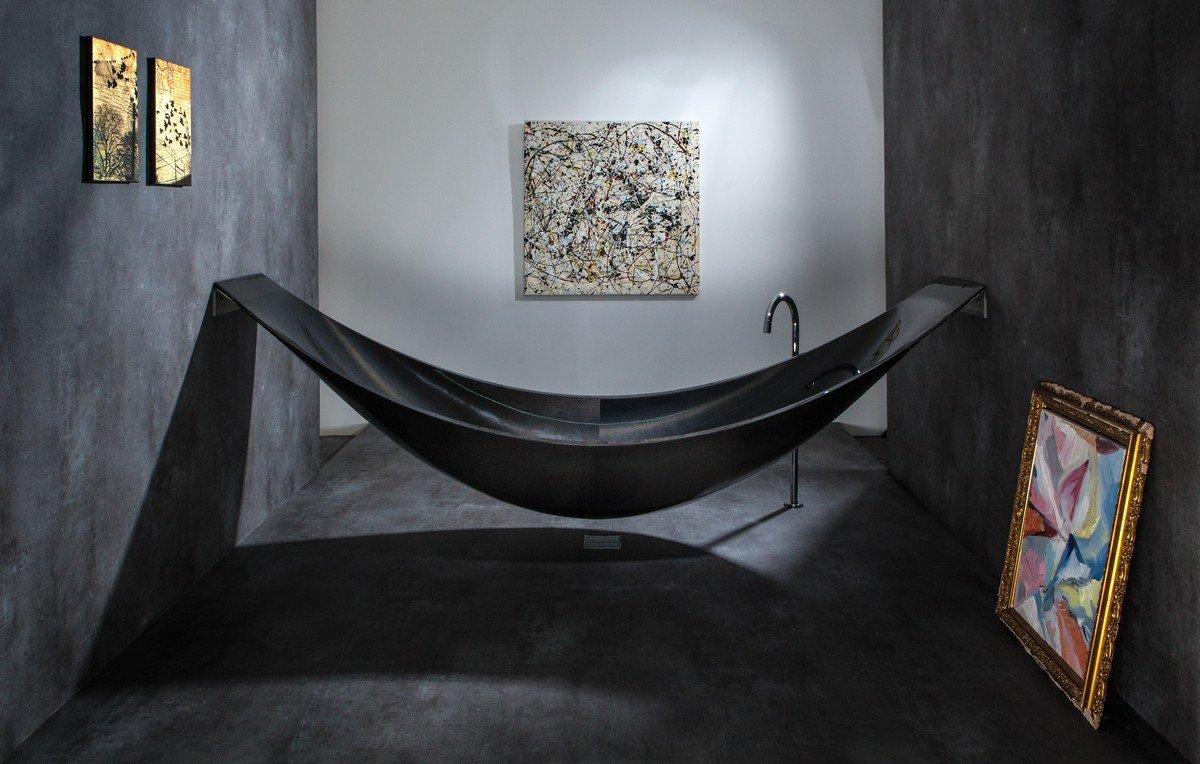 Photo of la vasca da bagno a forma di amaca dalla Splinter Works