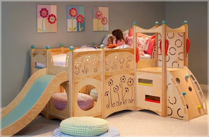 Photo of un letto per bambini che diventa spazio gioco