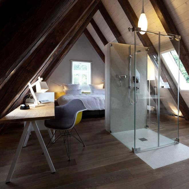 Photo of Mini mansarda con camera da letto, studio e bagno