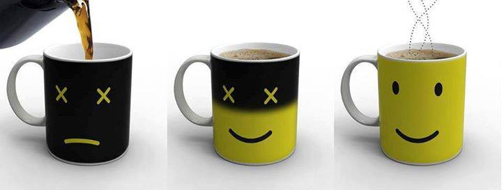 Photo of Monday Mug: la tazza che cambia colore e vi saluta con un sorriso