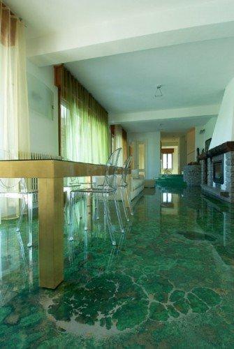 Pavimenti in resina prezzi e consigli utili per questo for Costo del solarium per piede quadrato