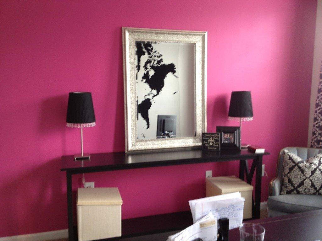 ufficio in casa rosa