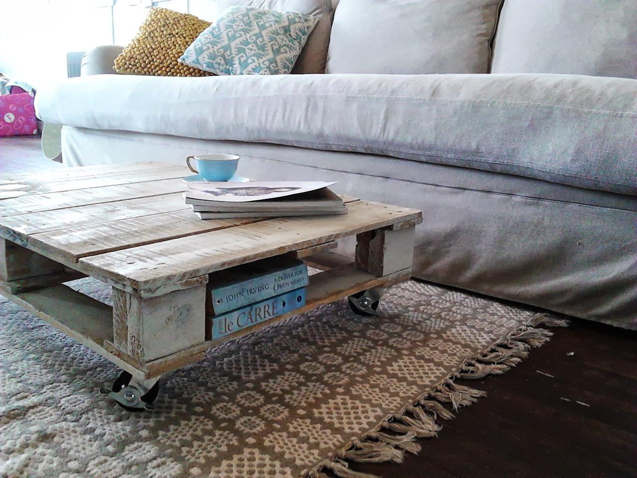 Riciclo creativo con i pallet e con le cassette di legno for Lavori con bancali