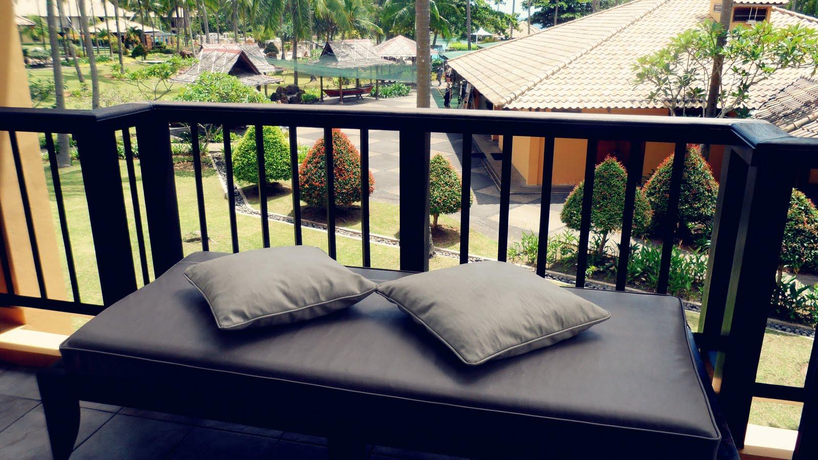7 considerazioni per arredare la terrazza for Divani per terrazzi