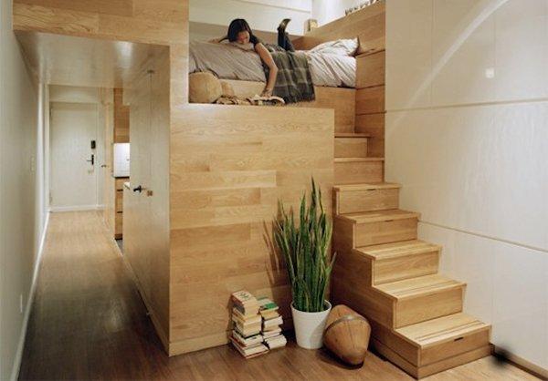 esempi di arredo per un monolocale: un letto nido soppalcato