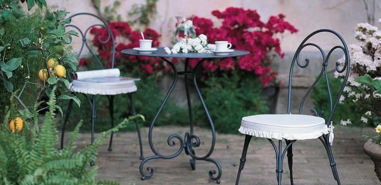 tavoli-rotondi-giardino-classici-metallo-49658-7093333