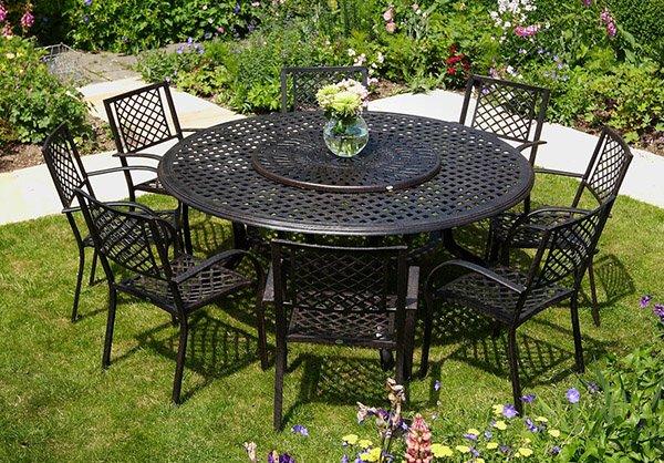 Tavoli da giardino tanti modelli recensiti in legno for Tavolo rotondo mosaico