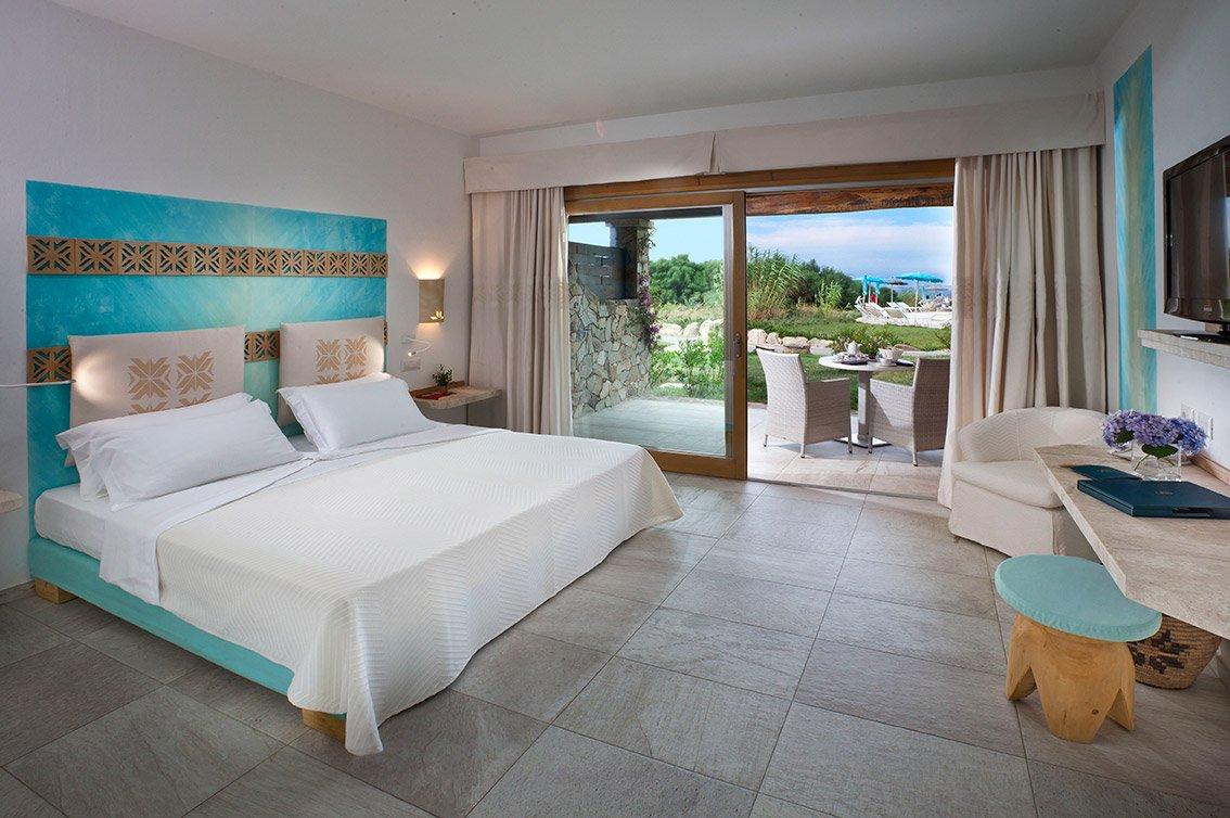 Stile mediterraneo in camera consigli e foto di esempi for Arredamento hotel lusso