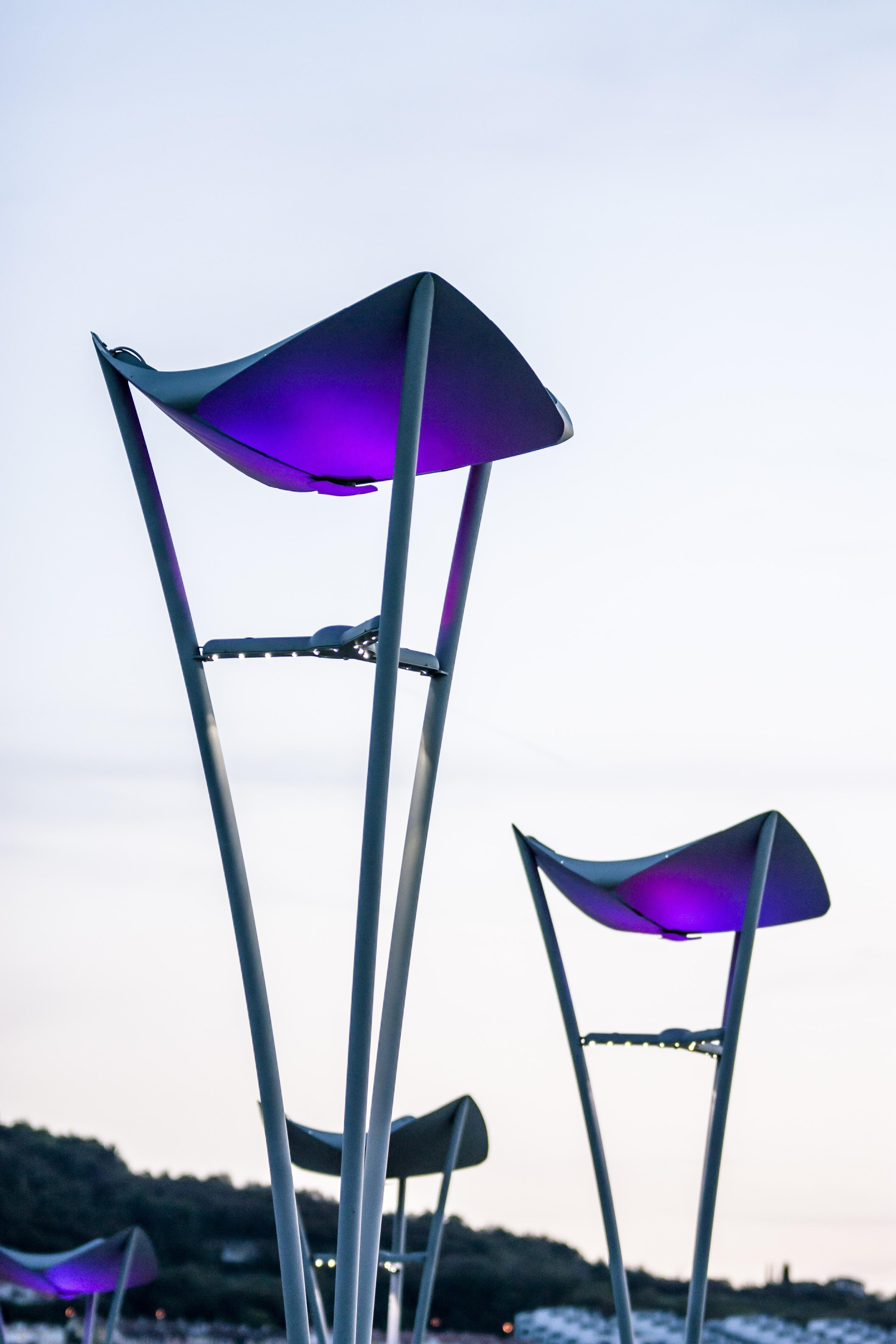 Lampioni da giardino a led solari e classici prezzi ed for Lampioni da giardino a sfera
