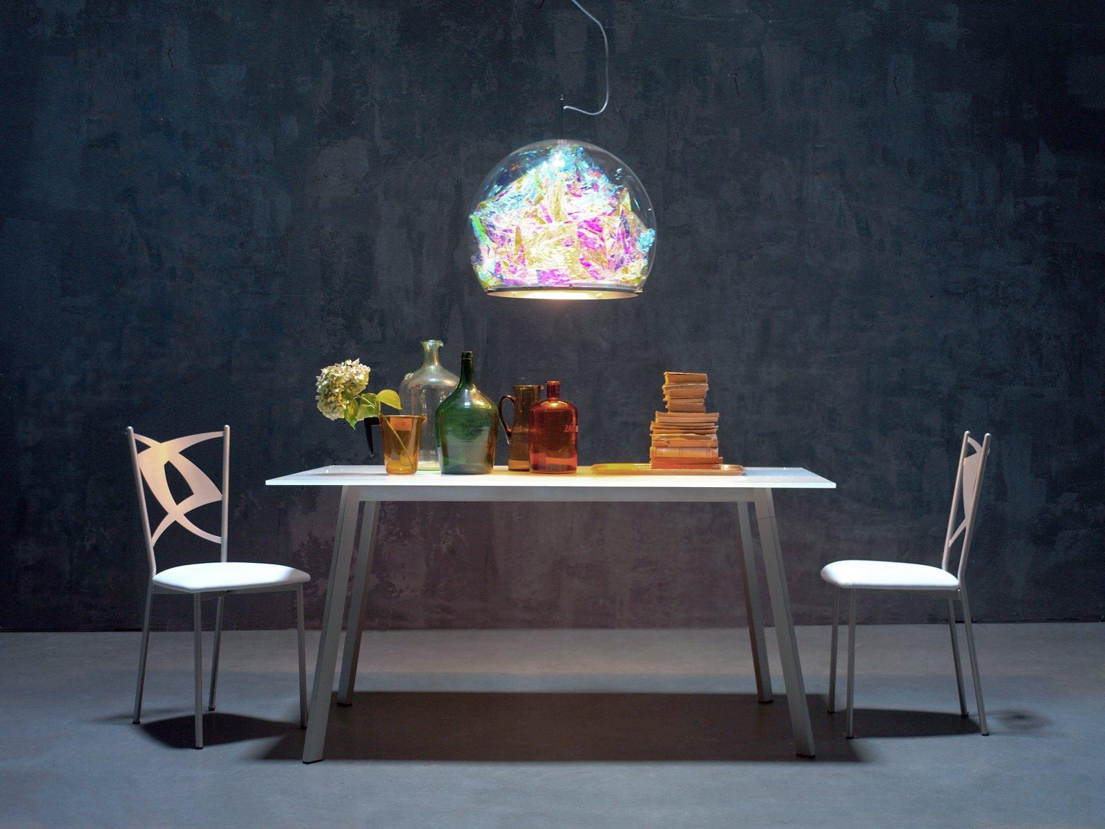 Come abbinare il tavolo e sedie in soggiorno for Tavolo sedie