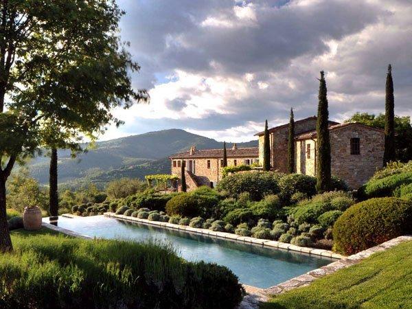 Photo of Scopriamo il Castello di Reschio e la raffinata ristrutturazione del designer Benedikt Bolza