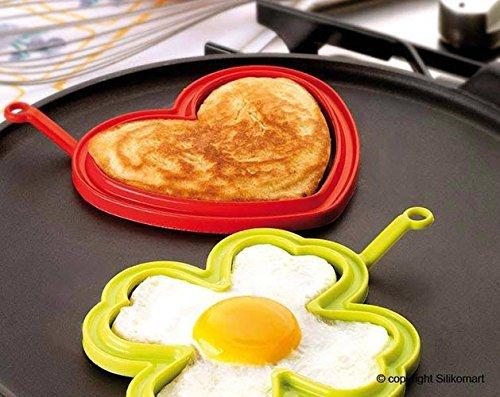 oggetti di design per la colazione con uova