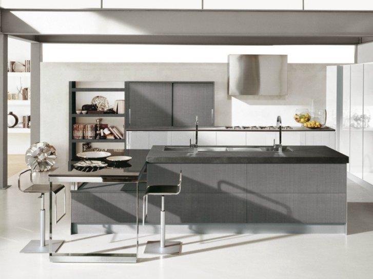 Cucine con isola: prezzi e marche, da Ikea a Scavolini