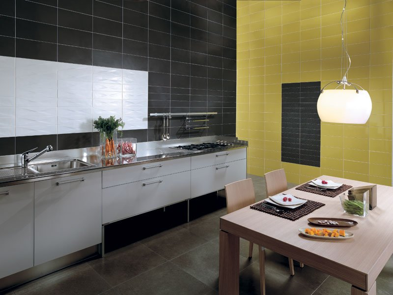 Come arredare una cucina idee di arredamento e for Arredare parete soggiorno