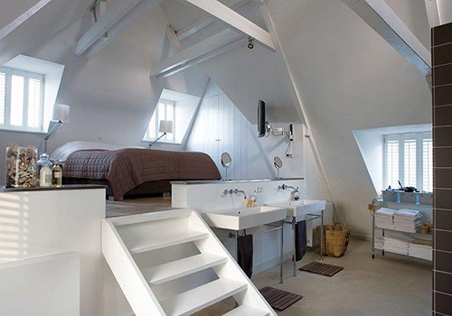 Camera da letto in mansarda foto di esempi e suggerimenti - Camera da letto a soppalco ...