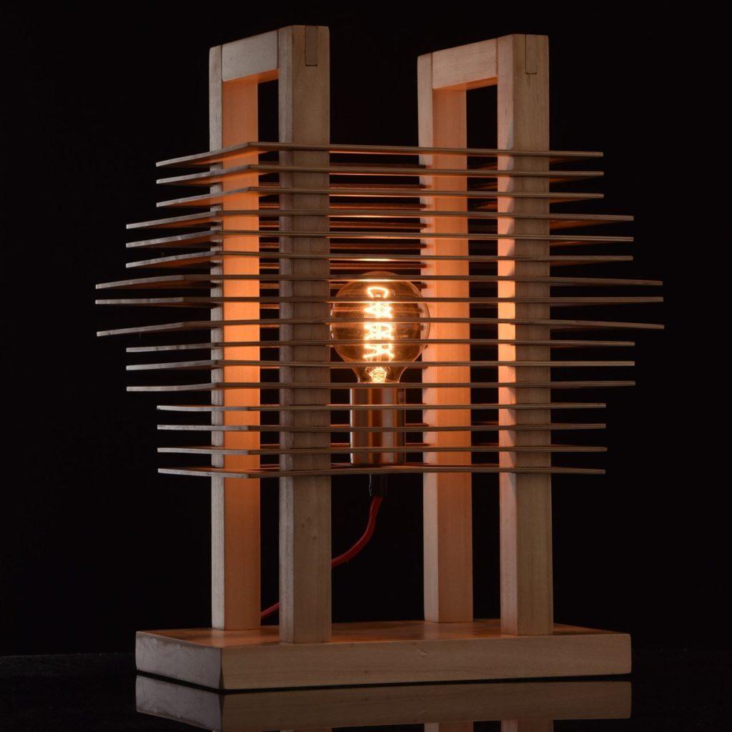 lampada per arredare il soggiorno in stile ecologico