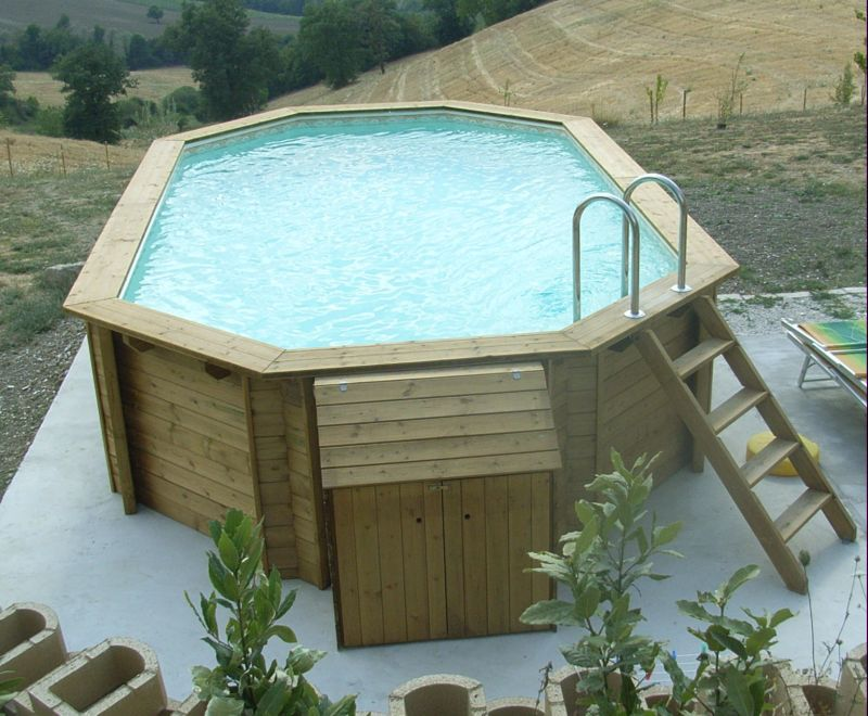 piscina ambra
