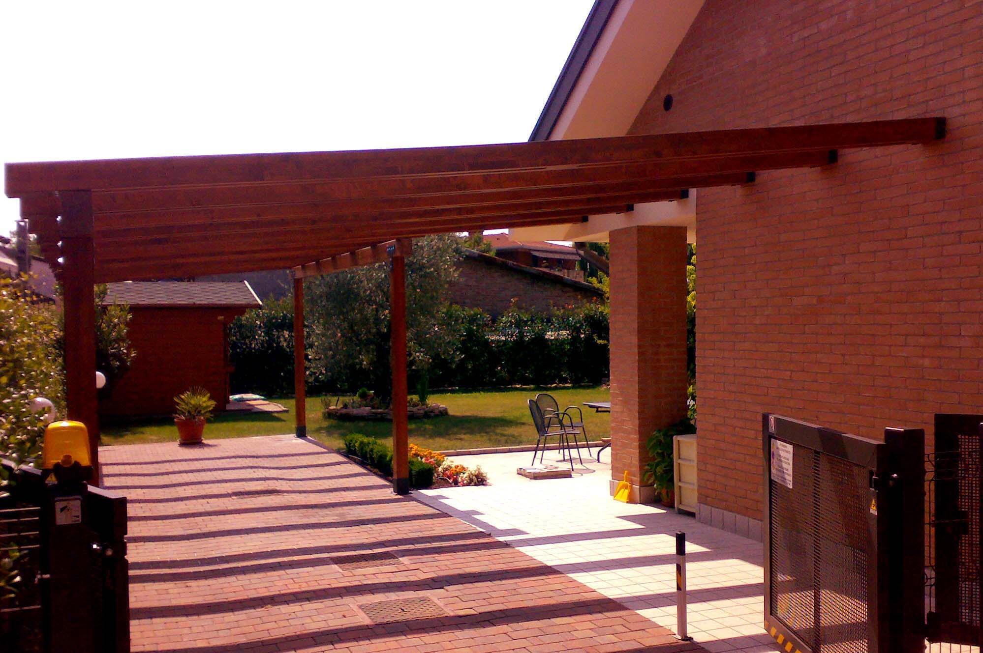 Pompeiane in legno prezzi e vantaggi per il giardino for Piani economici della cabina di ceppo