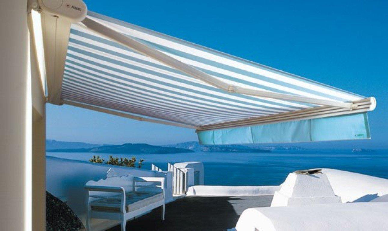 Tende da sole per balcone e terrazzo: idee e prezzi