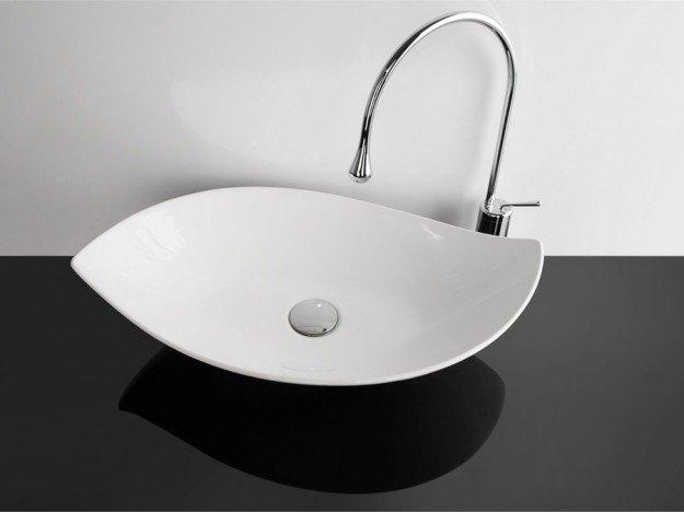 Lavabi da appoggio soluzioni materiali e prezzi di for Prezzi lavabo bagno