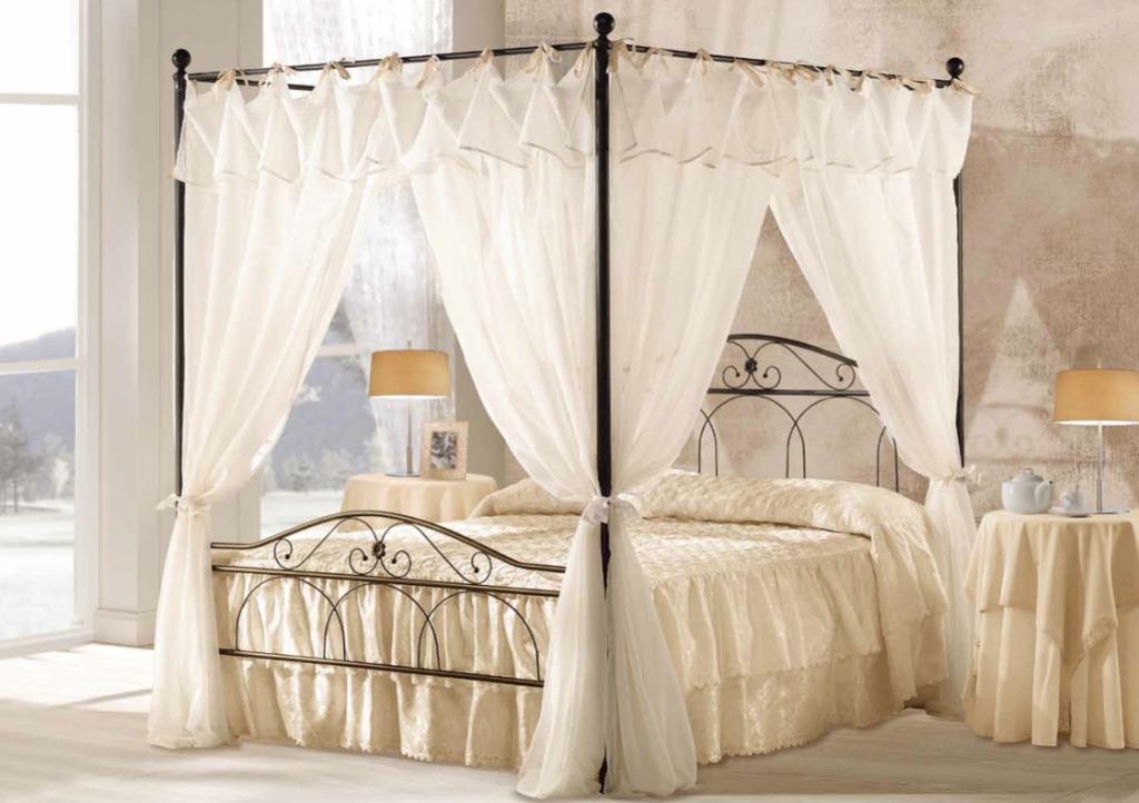 Letti a baldacchino: il letto nicole