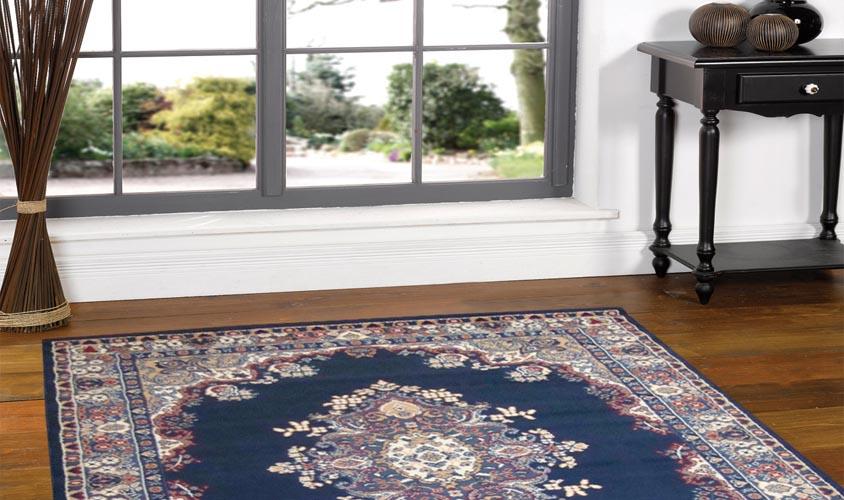 salotto classico dal tavolino ai tappeti e poltrone