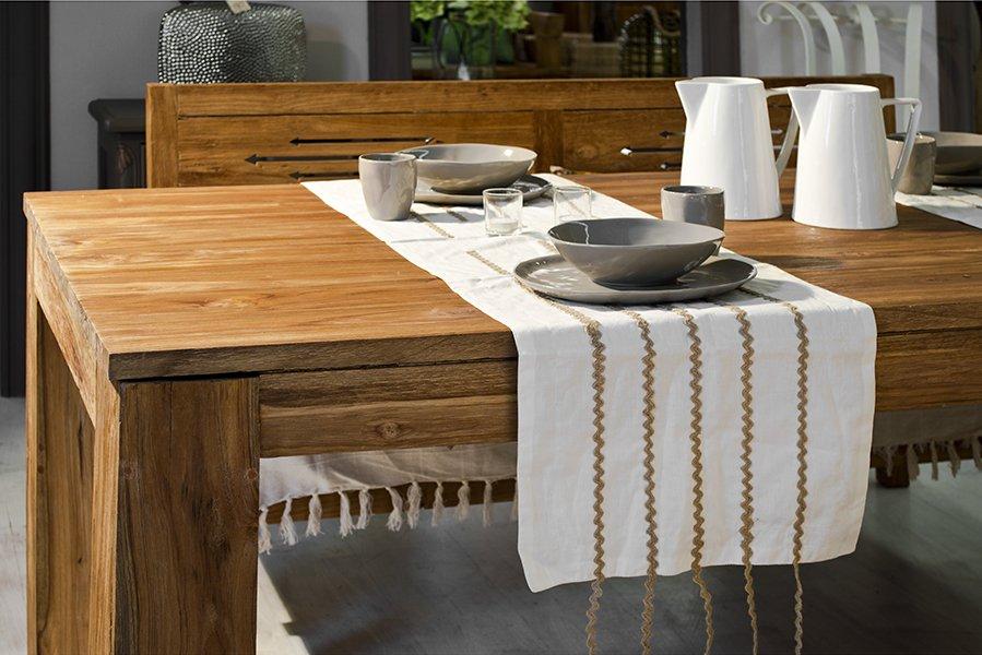 Cucine in legno: vantaggi e svantaggi, consigli e foto di esempi