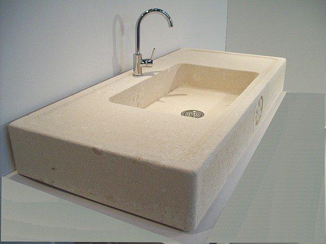 Lavabo in pietra in cucina: il modello vicenza della stonebreakers
