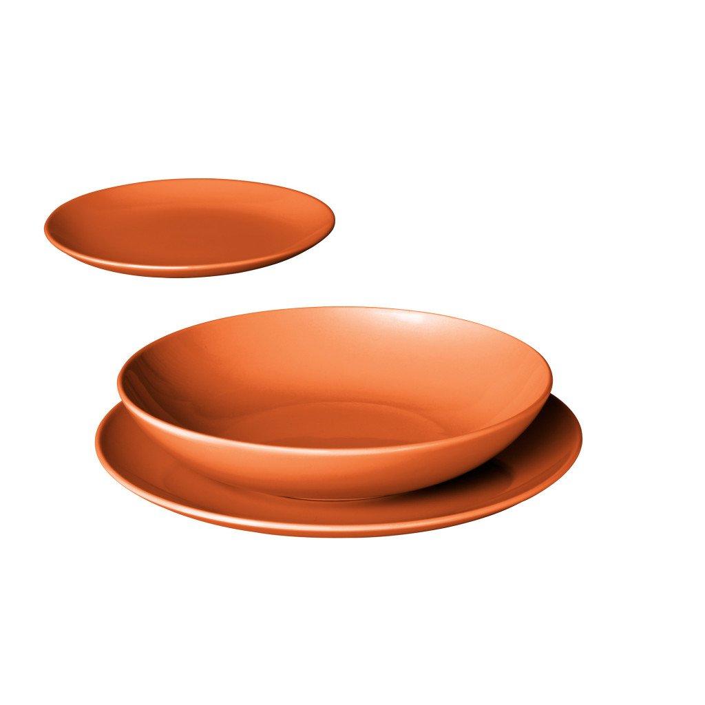apparecchiare la tavola consigli per bicchieri piatti sottopiatti e posate. Black Bedroom Furniture Sets. Home Design Ideas