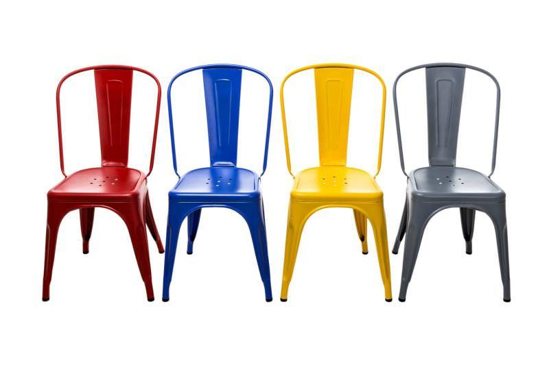 sedie industrial Tolix Arredare il soggiorno in stile industrial