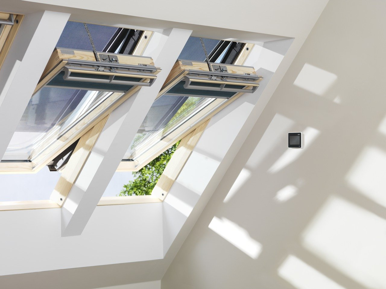 Photo of Speciale Finestre Velux programmabili, scopriamone i pro e contro