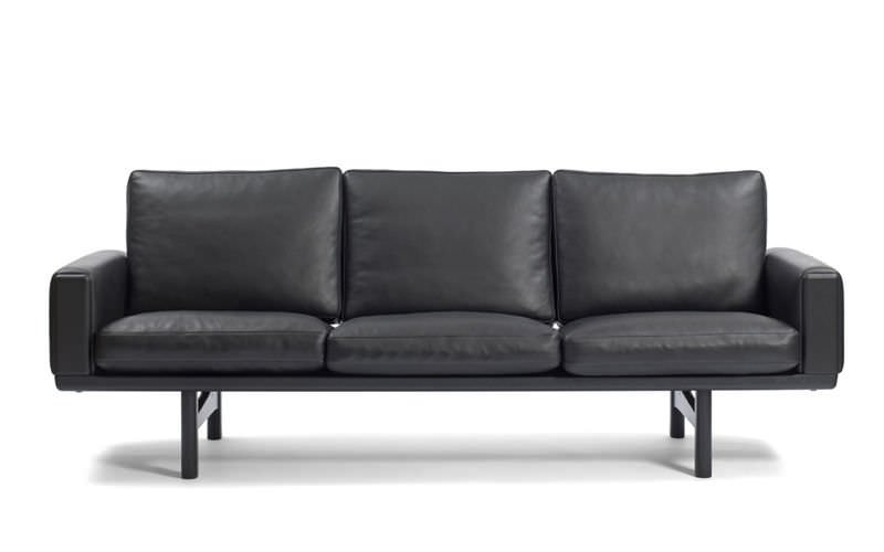 Hans Wegner: il divano century 2000