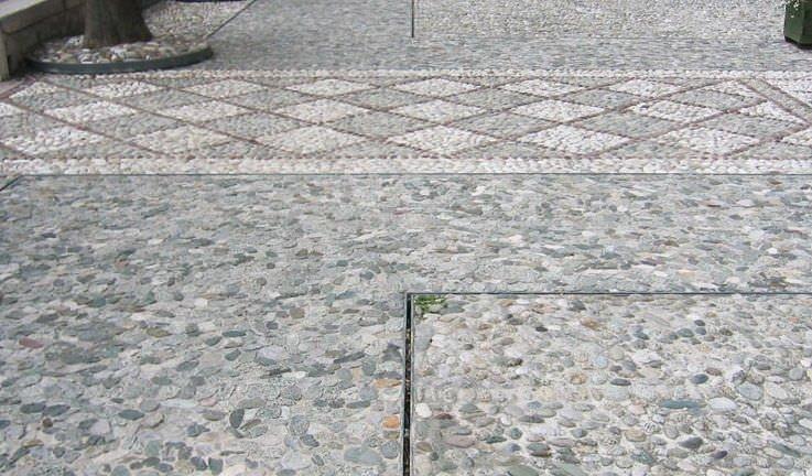 Pavimenti in pietra naturale per esterni caratteristiche - Incollare piastrelle su pavimento esistente ...
