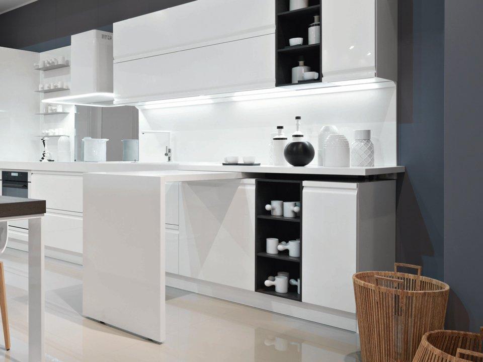 Tavolo a scomparsa modelli ed esempi per cucina e sala designandmore arredare casa - Cucina tavolo estraibile ...