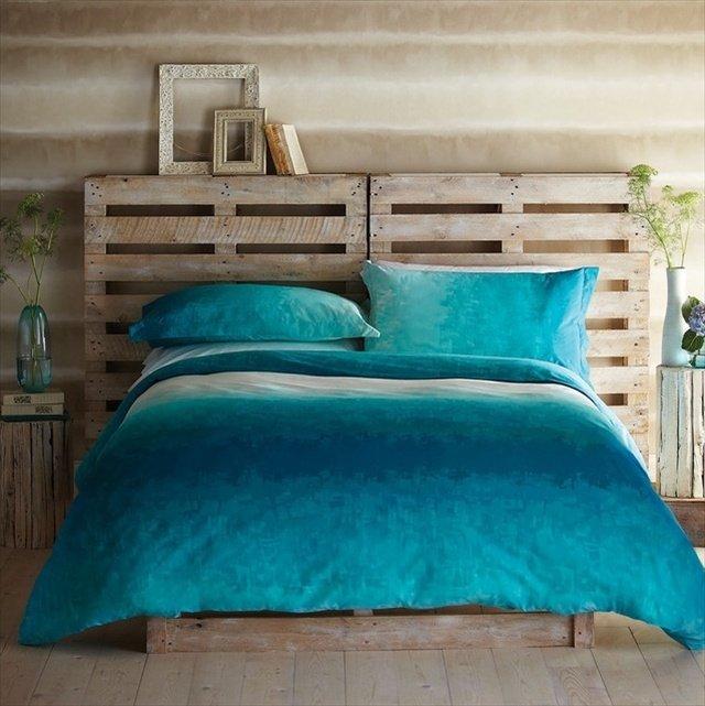Testiera letto fai da te idee per un retro letto originale - Letto contenitore fai da te ...