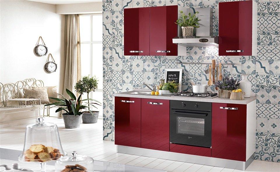 Cucine monoblocco: stile negli spazi più piccoli, marche e modelli ...