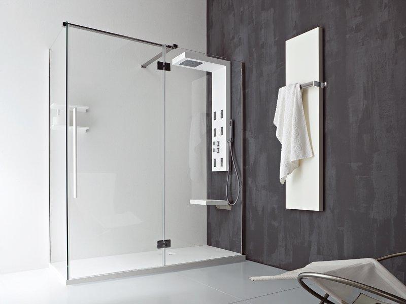 Vetro doccia in vetro temperato e cristallo consigli e - Piatto doccia piccolo ...