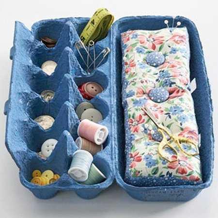 riciclare il portauova per un kit cucito