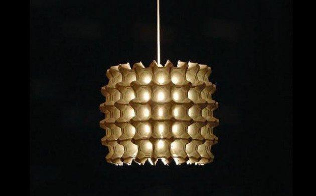 lampada per riciclare il portauova