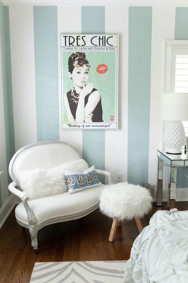 ... ingrandire gli spazi con il colore: strisce verticali sulla parete