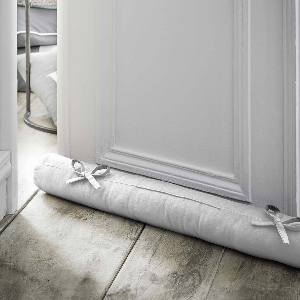 Paraspifferi per finestre e porte un aiuto nelle stagioni fredde designandmore arredare casa - Aiuto per arredare casa ...