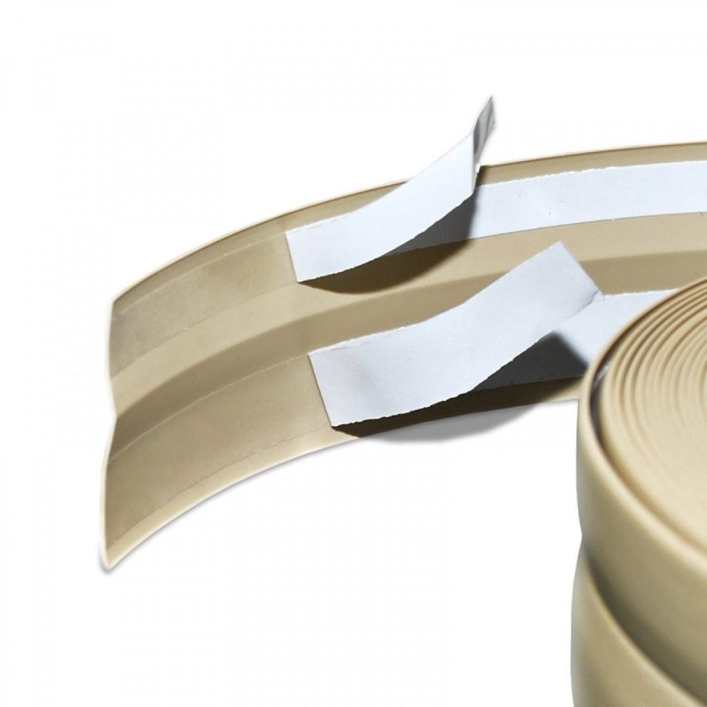 battiscopa adesivo una soluzione veloce ed economica. Black Bedroom Furniture Sets. Home Design Ideas