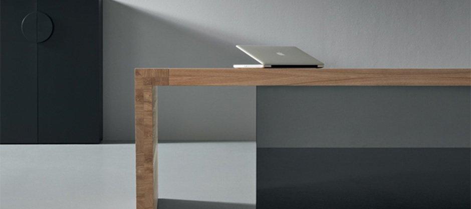 Scrivanie ufficio di design modelli e prezzi for Scrivanie ufficio vetro prezzi
