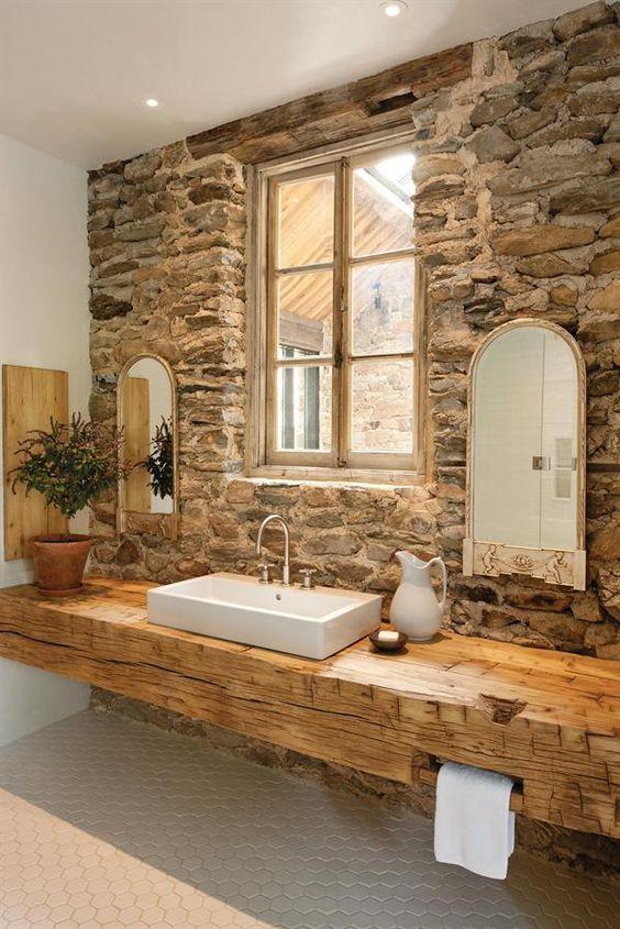 Arredamento rustico bagno