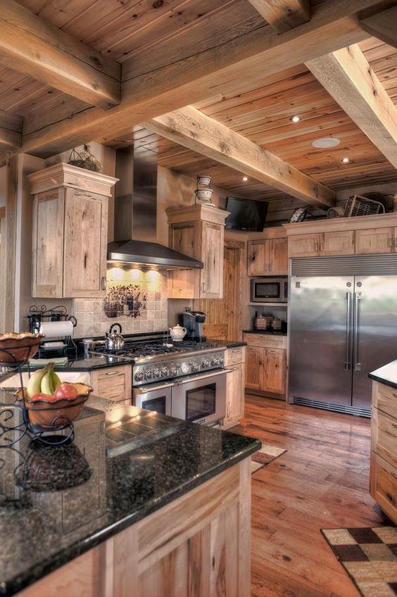 Arredamento rustico esempi e soluzioni per la vostra casa for Arredamento moderno casa