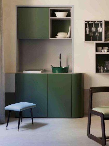 Cucina verde e colore beige