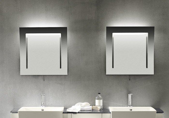 Specchio luce bagno modelli e prezzi online con foto - Luce specchio bagno ...